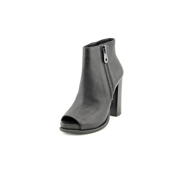 BCBGeneration Rocco Round Toe Leather Ankle Boot