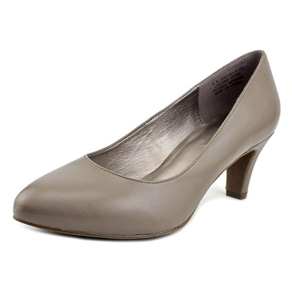 Array Rose Taupe Pumps