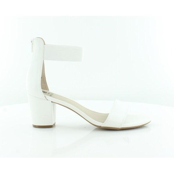 White Mountain Elinie Women's Sandals & Flip Flops White/Smooth