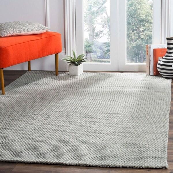 SAFAVIEH Handmade Natura Refiqe Wool Rug. Opens flyout.