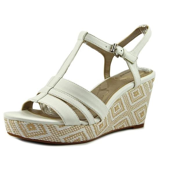 Giani Bernini Sadiee Women White Sandals