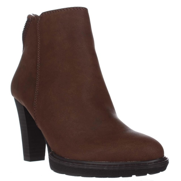 White Mountain Abbot Ankle Booties, Cognac - 6 us