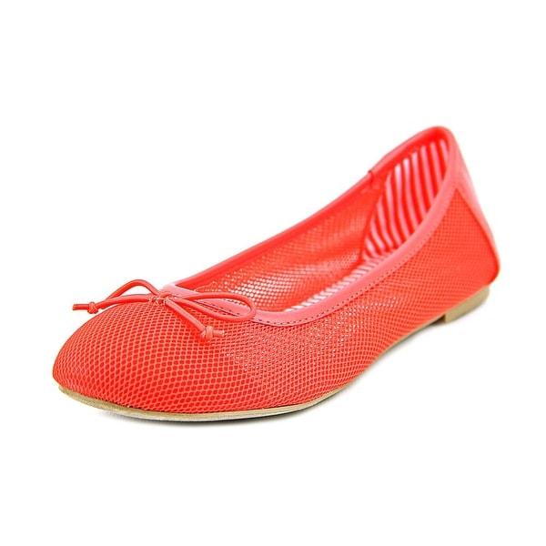 Report Maeson Round Toe Synthetic Flats