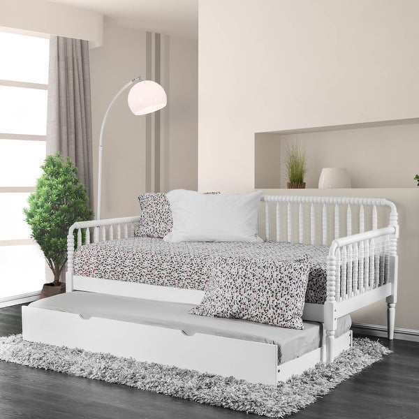 Furniture of America Nuct Traditional Twin Solid Wood Slatted Daybed. Opens flyout.