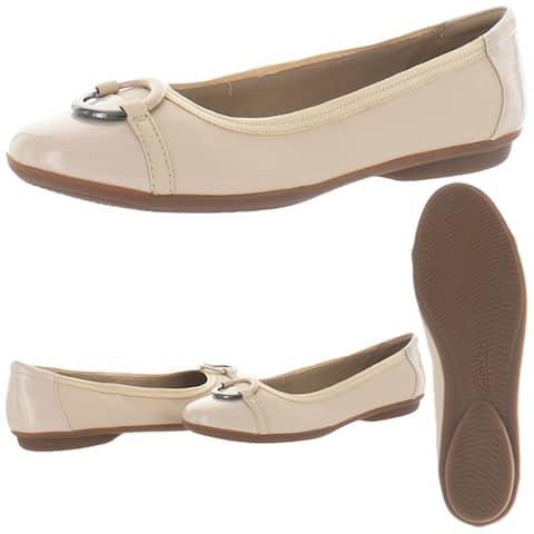 Clarks Collection Women's Gracelin Wind Leather Ortholite Ballet Flat