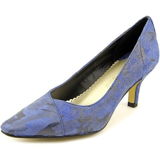Bella Vita Wow WW Pointed Toe Suede Heels