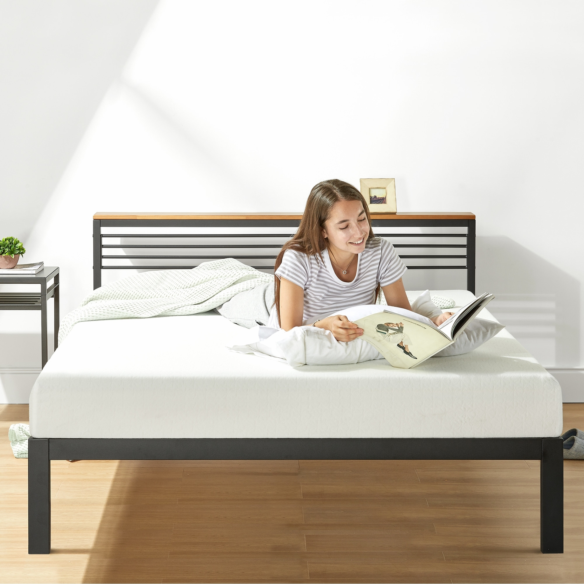 Picture of: Hylle Metal Platform Bed With Headboard Shelf Solid Pine Wood And Easy Assembly Overstock 31950388