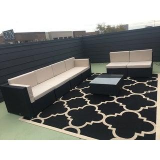 Safavieh Courtyard Quatrefoil Black/ Beige Indoor/ Outdoor Rug