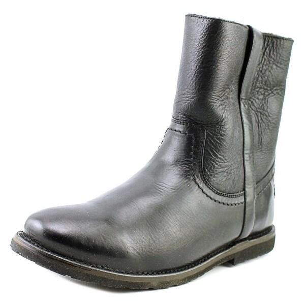 Frye Celia Short Women  Round Toe Leather Black Ankle Boot