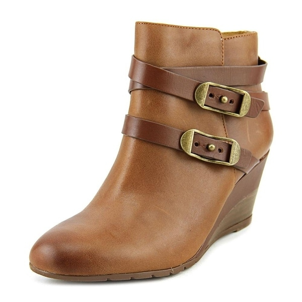 Sofft Womens Oakes Closed Toe Ankle Fashion Boots