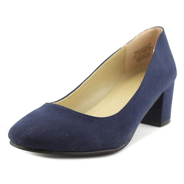 564d7aba92f1 Shop Wanted Amelia Women Navy Pumps - Free Shipping On Orders Over ...