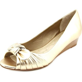 Giani Bernini Singa Women Open Toe Synthetic Gold Wedge Heel