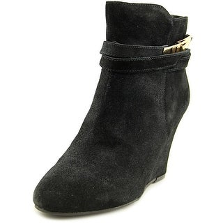 Chinese Laundry Unleash Round Toe Suede Ankle Boot