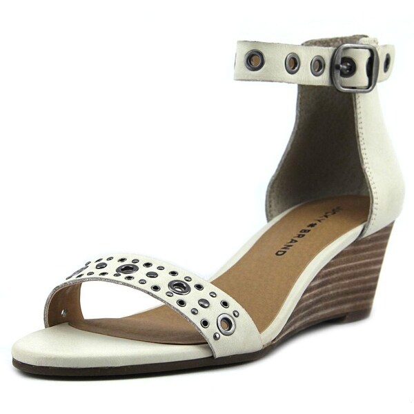Lucky Brand Jorey 2 Sandshell Sandals