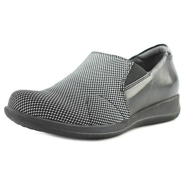 Softwalk Tilton Black/White Flats