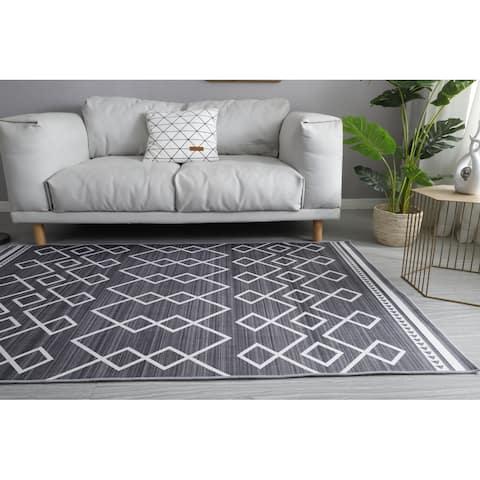 Laurn Taylor- Crystal Aztec Carpet