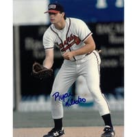 Ryan Klesko signed Atlanta Braves 8x10 Photo fielding