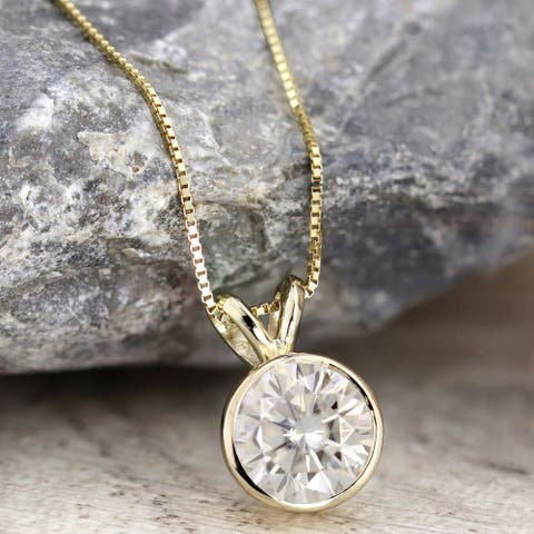 Auriya 18k Gold 1 1/2ctw Solitaire Moissanite Necklace Bezel-set - 7.4 mm - 7.4 mm