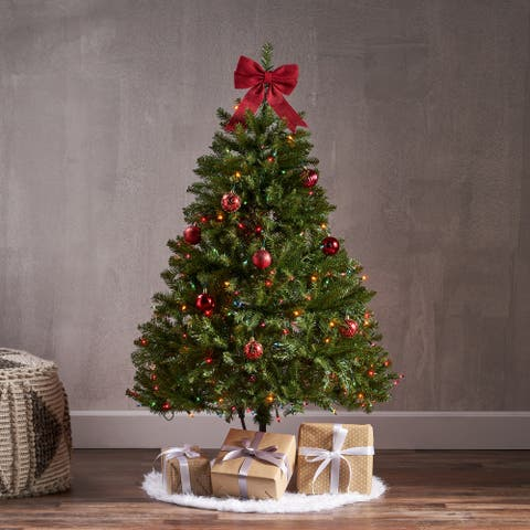 4.5-foot Fraser Fir Pre-Lit Clear String Light or Unlit Hinged Artificial Christmas Tree by Christopher Knight Home