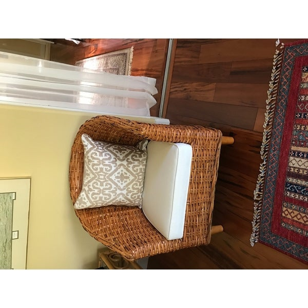 Safavieh St. Thomas Indoor Wicker Honey Brown Barrel Chair   Free Shipping  Today   Overstock   13968652