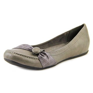 Easy Street Cam N/S Round Toe Synthetic Flats
