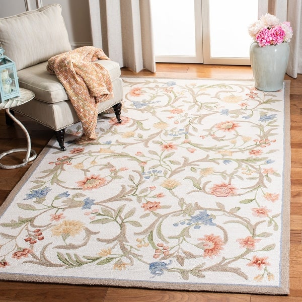 SAFAVIEH Hand-Hooked Chelsea Hali Country Cottage Floral Scrolls Wool Rug. Opens flyout.