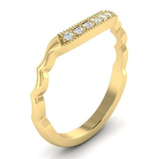 14KT Gold Round Cut Diamond Curved Wedding Ring 0.15 CTW