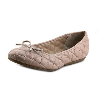 White Mountain Womens Inspired Round Toe Ballet Flats
