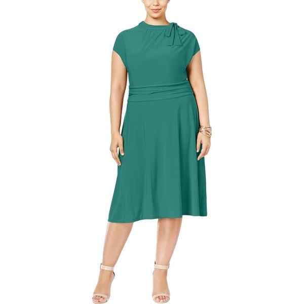 Love Squared Womens Plus Wear to Work Dress Matte Jersey Neck Tie