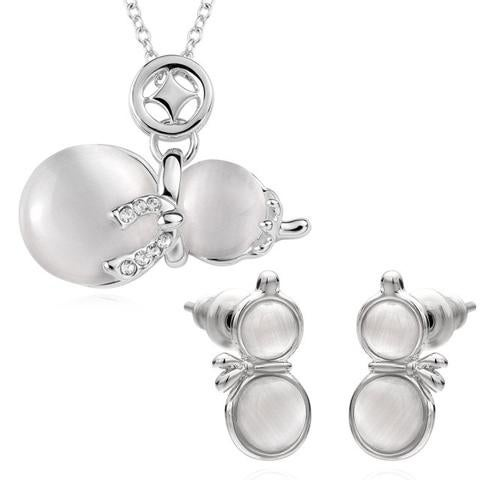 Snowmen Platinum Plated Crystal Cat eye stone Jewelry Set for Winter for Kids or Adults - white
