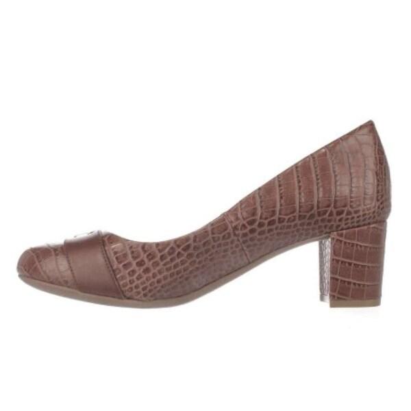 Giani Bernini Womens Lorenn Leather Closed Toe Classic, Nut/Maple, Size 9.5