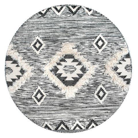 nuLOOM Savannah Moroccan Fringe Textured Wool Area Rug
