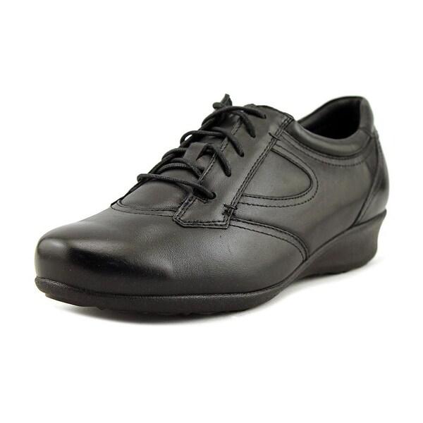 Drew Prague Women Round Toe Leather Sneakers