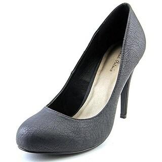 Michael Antonio Womens Lydia Textured Slip On Round Toe Heels