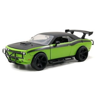 Fast & Furious 1:24 Die-Cast Vehicle: Letty's Dodge Challenger SRT8