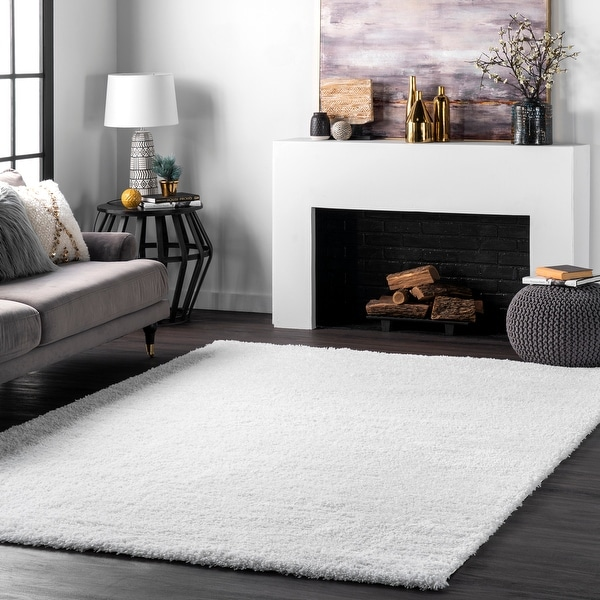nuLOOM Soft and Plush Cloudy Solid Shag Area Rug. Opens flyout.
