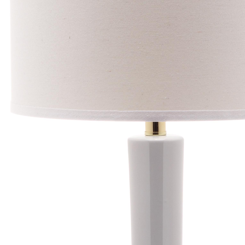 Safavieh Lighting 31 Inch Mae Long Neck Ceramic White Table Lamp Set Of 2 14 X14 X30 5 Overstock 7570746