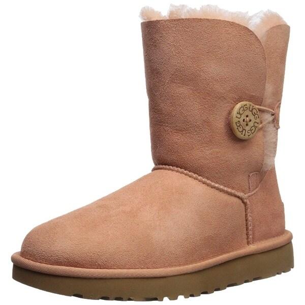 shop ugg women s bailey button ii fashion boot 7 on sale free rh overstock com ugg women's bailey button boot sale
