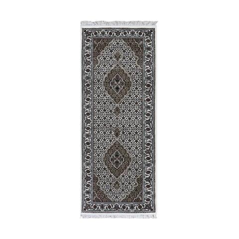 "Shahbanu Rugs Ivory Runner Wool and Silk Tabriz Mahi Design Hand Knotted Oriental Rug (2'8"" x 6'8"") - 2'8"" x 6'8"""