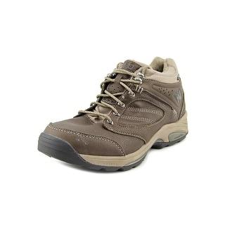 New Balance WW1569 Round Toe Leather Hiking Shoe