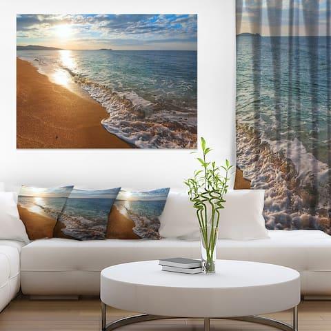 Designart 'Gili Island Tropical Beach' Large Seashore Canvas Print
