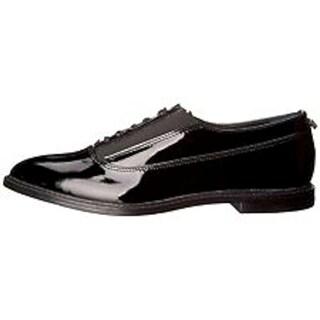 Calvin Klein Womens Della Oxfords Patent Almond Toe