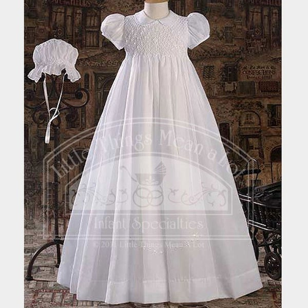 Baby Girls Pretty White Smocked Christening Baptism Dress Gown SM-LG