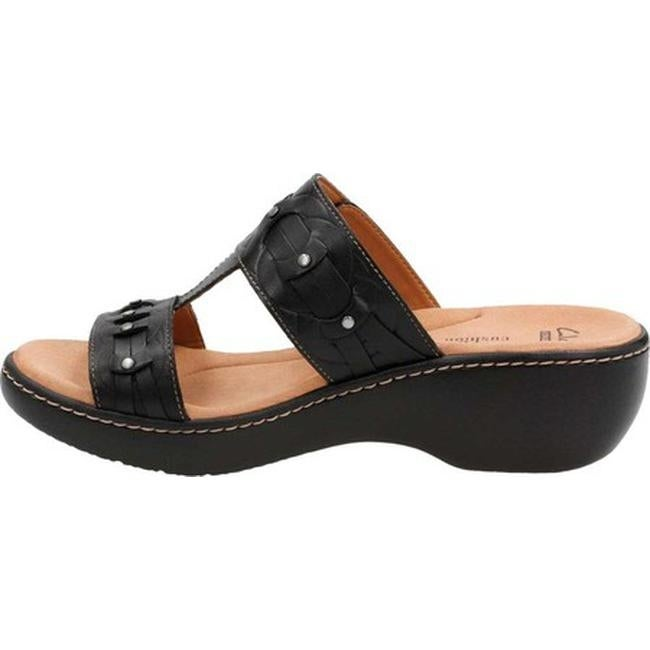 1902cbaf8ef54 Clarks Women's Delana Macrae Strappy Sandal Black Cow Full Grain Leather