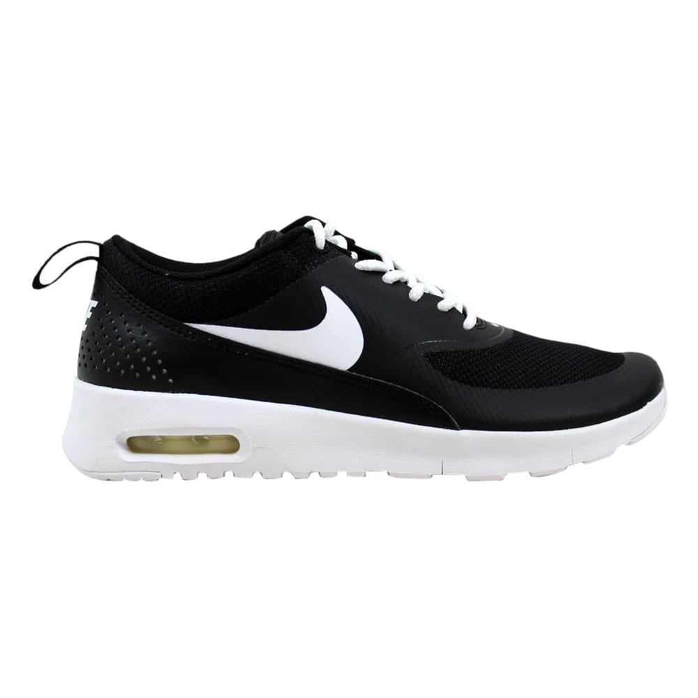 nike air max thea in black and white
