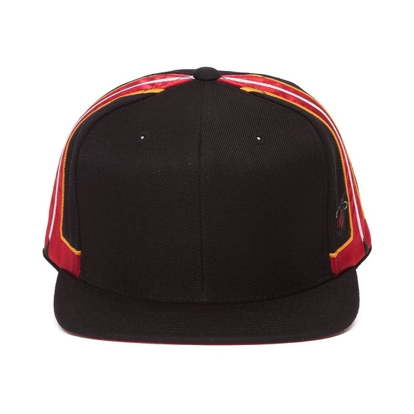 brand new 42a68 156df Mitchell  amp  Ness Miami Heat Blank Front Short Hook Snapback