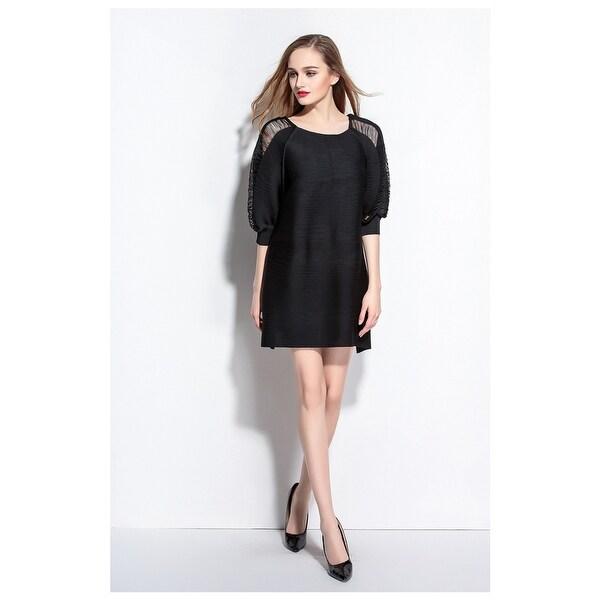 46878d13073e0 Shop Classic Square Neckline Hollow Out Loose Little Black Dress ...