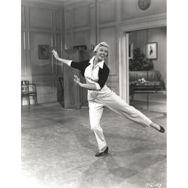 1ecea8a72b35a Doris Day Dancing in Classic with Blouse Photo Print