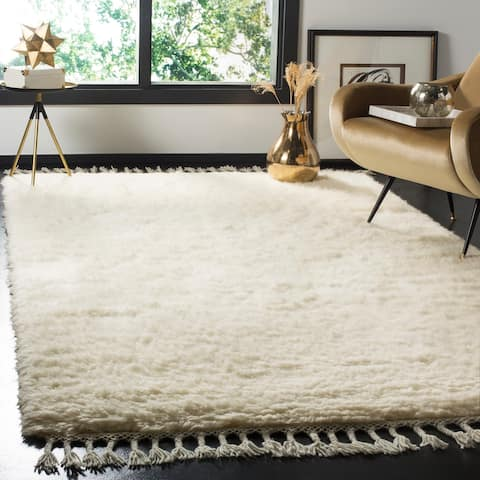 Safavieh Hand-knotted Casablanca Shag Elinore Tribal Wool Rug