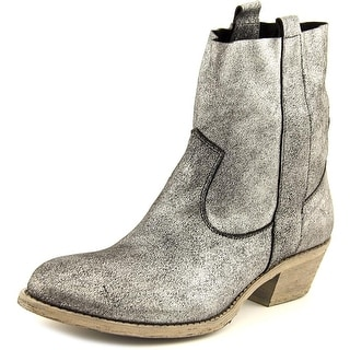 Charles David Groove Round Toe Leather Ankle Boot